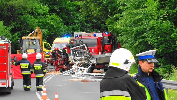 Śmiertelny wypadek w Żywcu. Zginął kierowca auta dostawczego