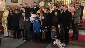 16. dziecko w rodzinie. Na chrzcinach prezydent Duda, wicepremier Szydło i kardynał Dziwisz