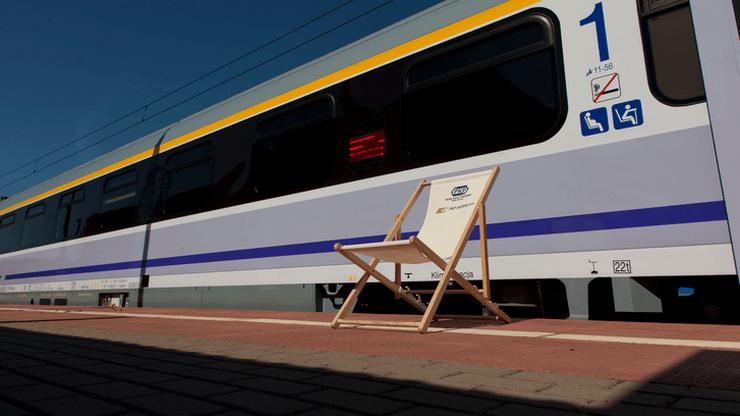 Tłumy w pociągach znad morza. PKP Intercity uruchamia dodatkowe połączenie Gdynia-Warszawa