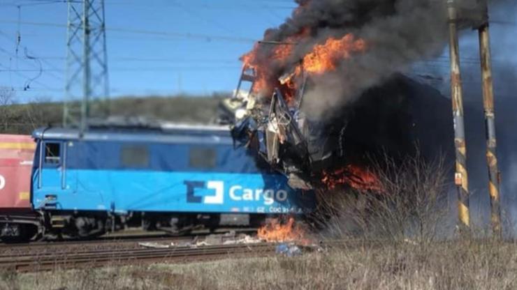 Czechy. Zderzyły się dwa pociągi. Jeden przewoził propan